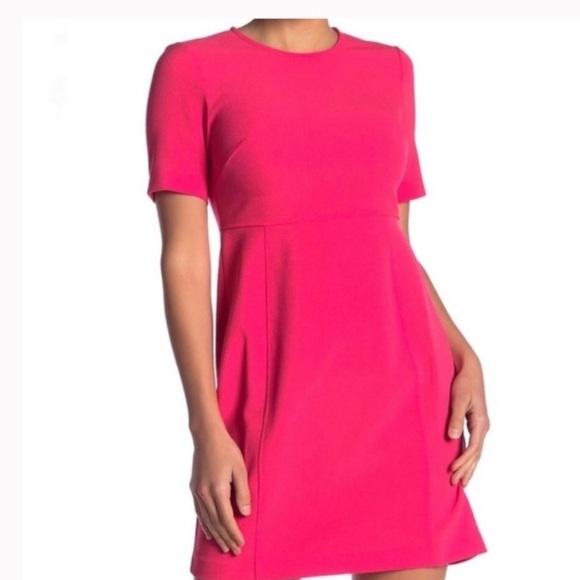 NWT Eliza J Crepe mini dress short sleeve Fuchsia